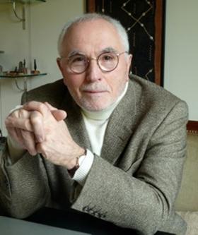 Dr Victor Simon
