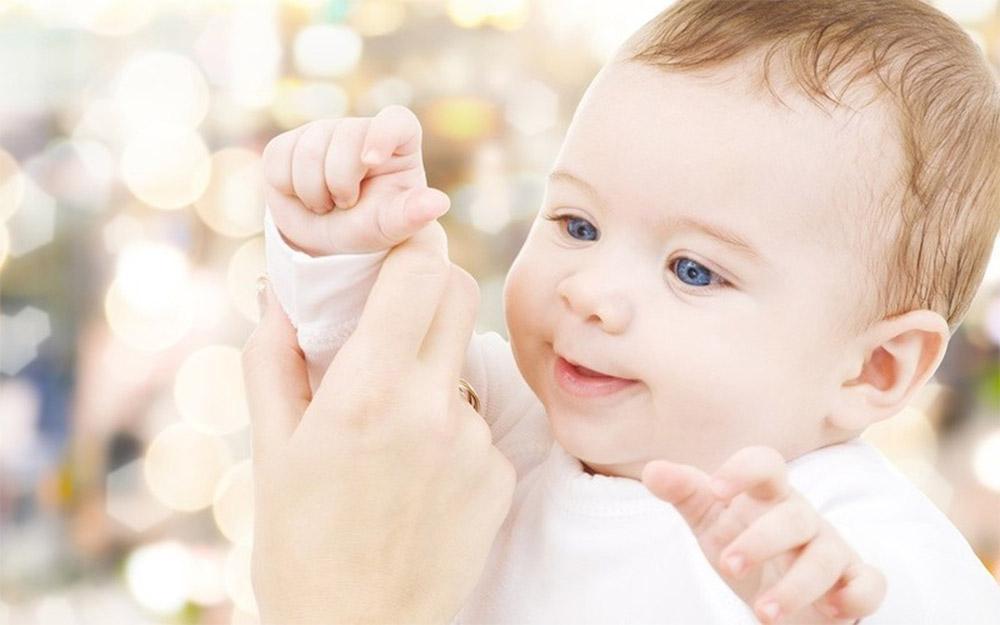 Enfance et Thérapie Brève, Hypnose, troubles de l'attachement.